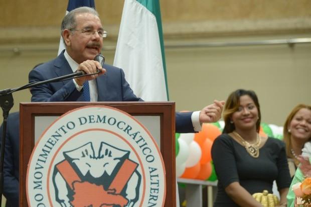 """""""Soy el presidente de las promesascumplidas"""", proclama Danilo Medina en acto del MODA"""