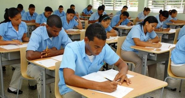 Educación llama reanudar docencia este miércoles en todo el país