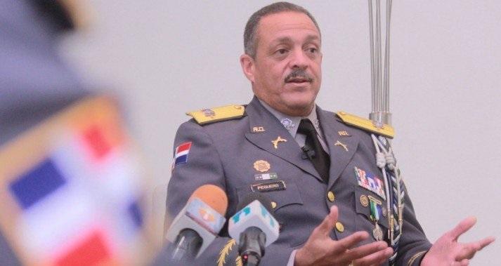 Director PN defiende agentes policiales ante protesta frente a la Procuraduría