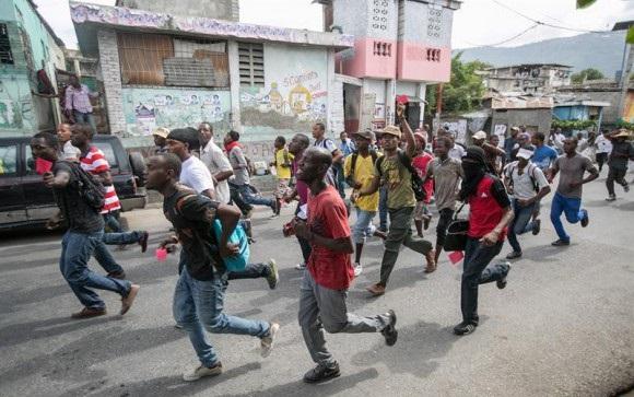 Critican llegada de misión OEA Haití