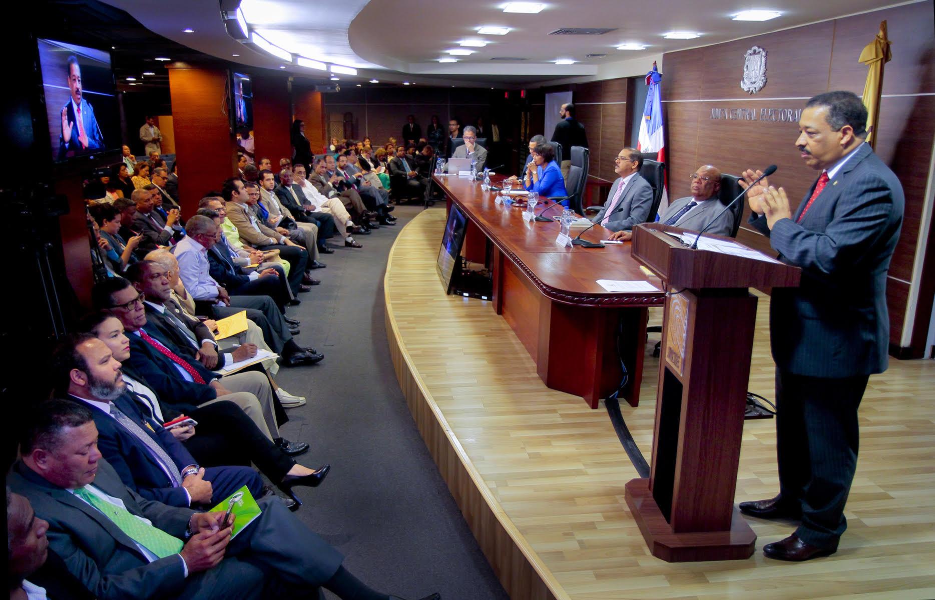 JCE: Padrón electoral próximas elecciones será de casi 7 millones