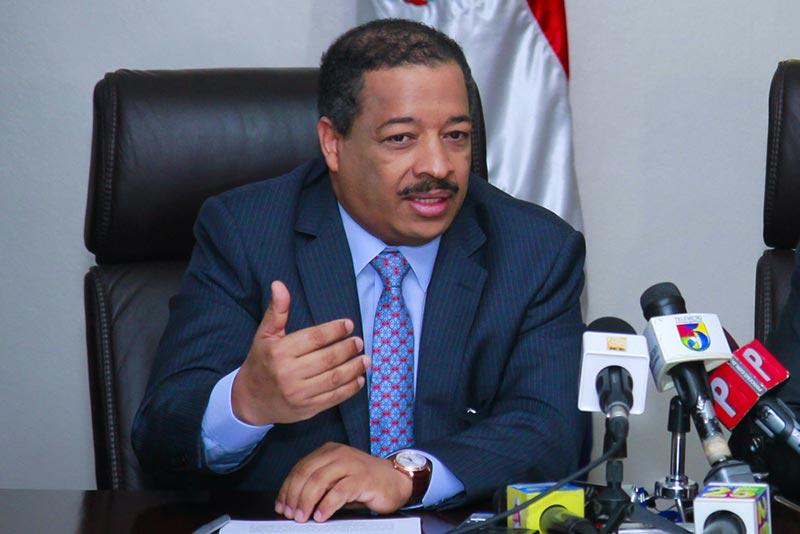 Presidente de la JCE defiende el trabajo de las juntas municipales