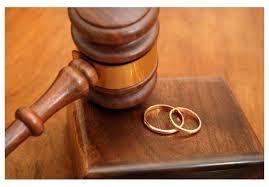 """Hombre de 90 años se divorció de su esposa en RD para """"proteger su fortuna"""""""
