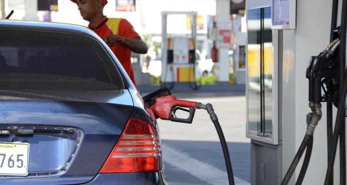 Suben precios de los combustibles
