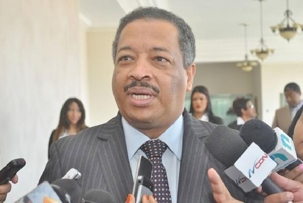 Presidente JCE dice no hay tiempopara extender el conteo manual de votos