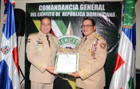 Ejército reconoció a Rubén Darío Paulino Sem y ex comandantes