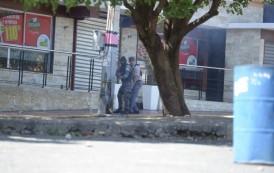 Suspenden y pone a disposición de la justicia policía que hirió fotógrafo
