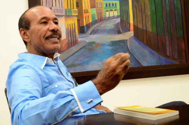 SAN CRISTOBAL: José Montás denuncia persecución política