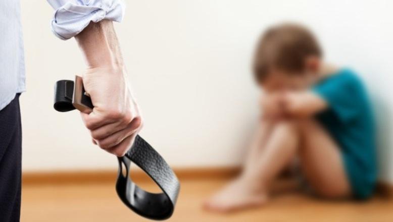 Padrastro mata a golpes niño de 3 años
