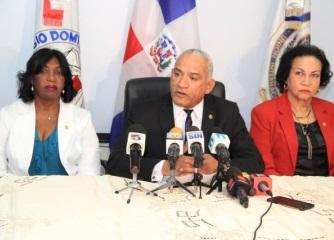 Colegio Notarios acusa a presidente de SCJ de promover desorden institucional