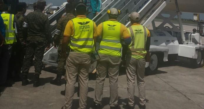 Llegan a R. Dominicana 23 deportados de España