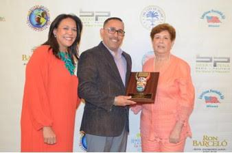 MIAMI: Reconocen dominicanos destacados