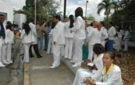 Médicos RD paralizaron hoy todos los hospitales; miles afectados