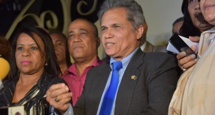 Terminó sin acuerdos la reunión entre Gobierno y Colegio Médico Dominicano