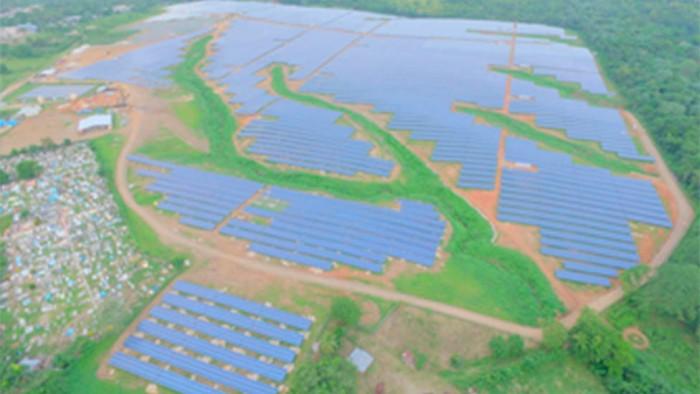 Inauguran en RD planta energía solar más grande de la región