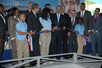 COTUI: Danilo inaugura ocho escuelas