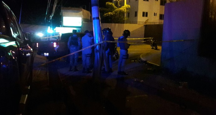 """Dos policías entre 10 """"delincuentes"""" participaron asalto control guaguas"""