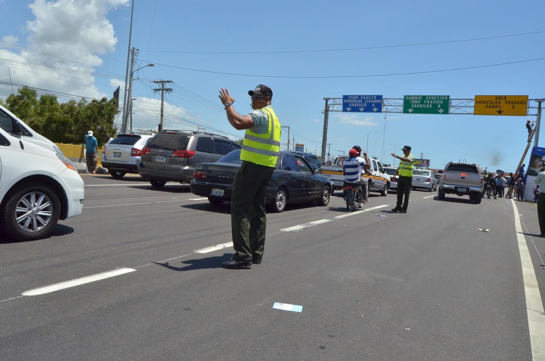 Tres mil agentes AMET desplegados en calles y carreteras dominicanas