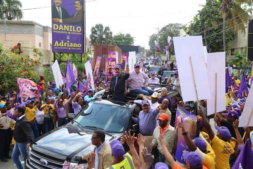 Danilo Medina recibe gran respaldo en Elías Piña y San Juan de la Maguana