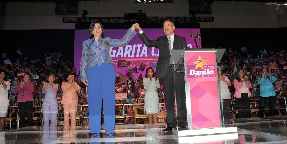 Danilo seguirá con Margarita como candidata vicepresidencial