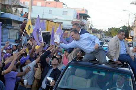 Leonel recorrerá barrios de la Capital y San Pedro de Macorìs