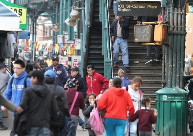 Enfermedades y drogas azotan barrios pobres de NYC