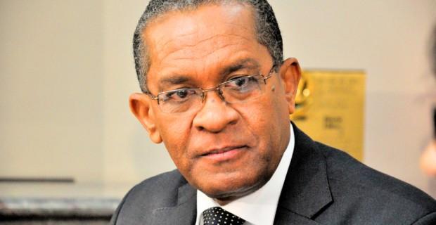 Ex rector UASD Mateo Aquino Febrillet fue muerto de tres balazos esta tarde