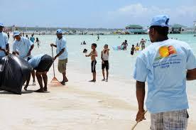 MITUR realizará jornada limpieza de playas con motivo de Semana Santa