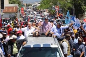 Abinader caravana Santiago