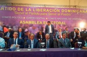 La reunión encabezada por Danilo Medina y Leonel Fernández.