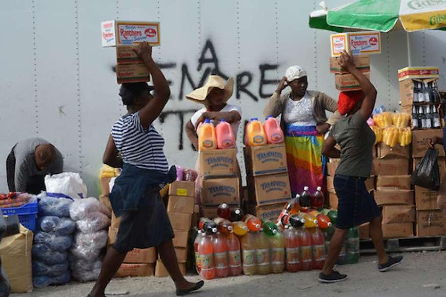 Empresarios Haití piden mantener veda terrestre a 23 productos de RD