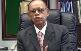 Dice acatará informe de presunto fraude en Plan Alfabetización