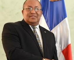 """Canciller haitiano dice """"no hay veda y nunca la ha habido"""""""