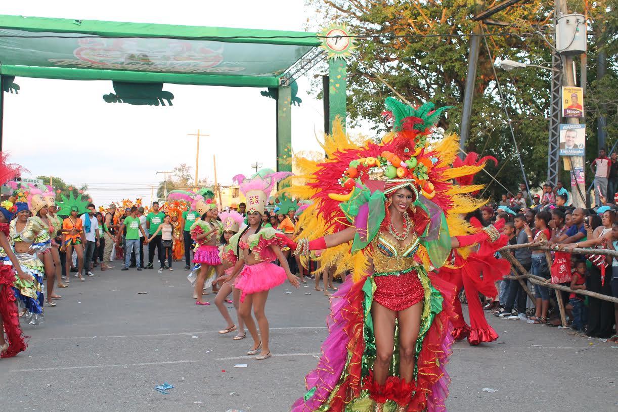MONTE PLATA: Bayaguana cierra su octavo carnaval