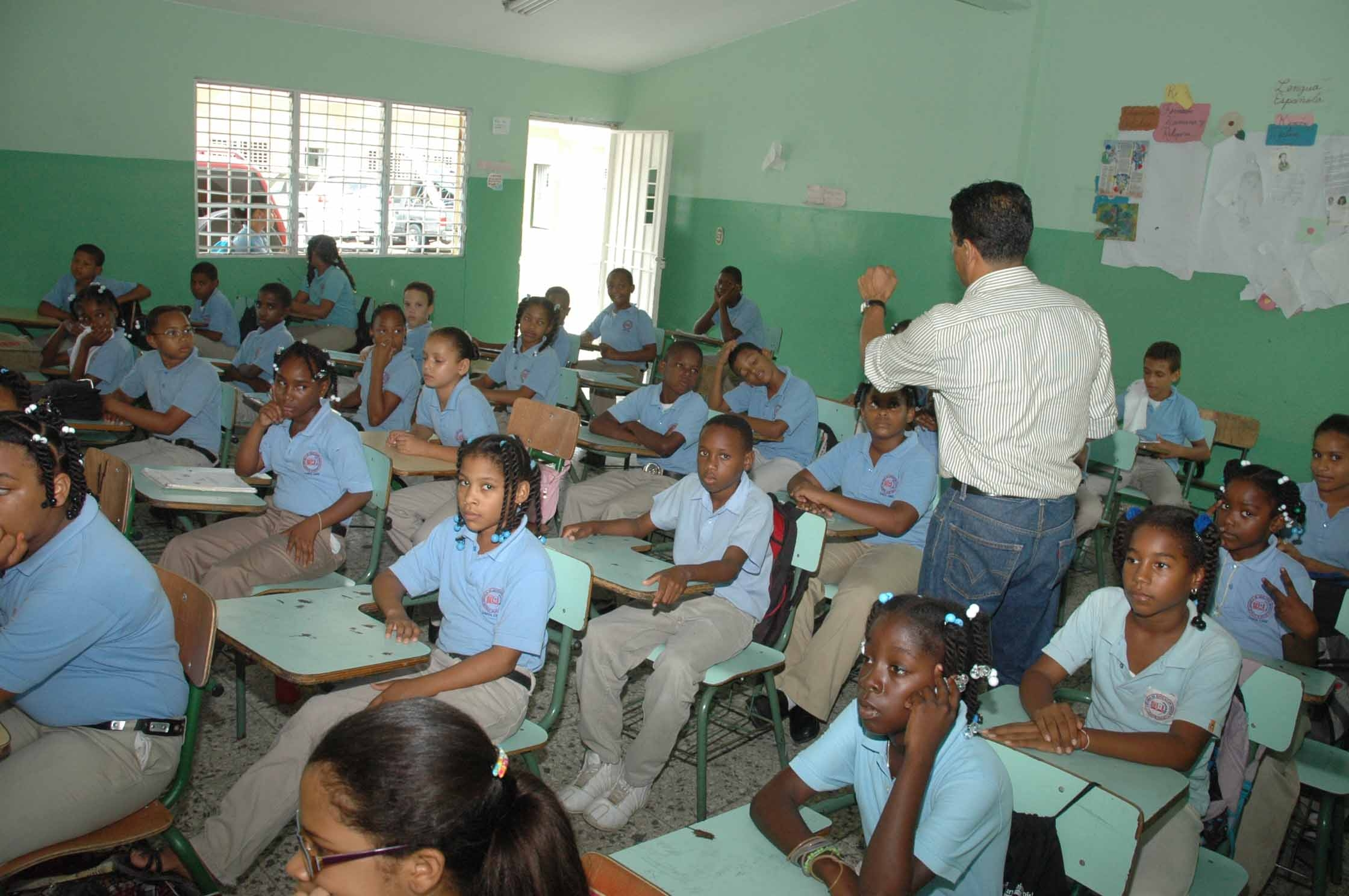 Aseguran inversiones Gobierno han mejorado calidad educación en RD