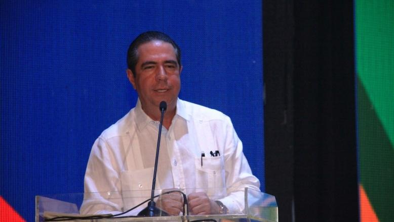 """Francisco Javier llama a proteger el turismo, """"la gallina de oro de RD"""""""