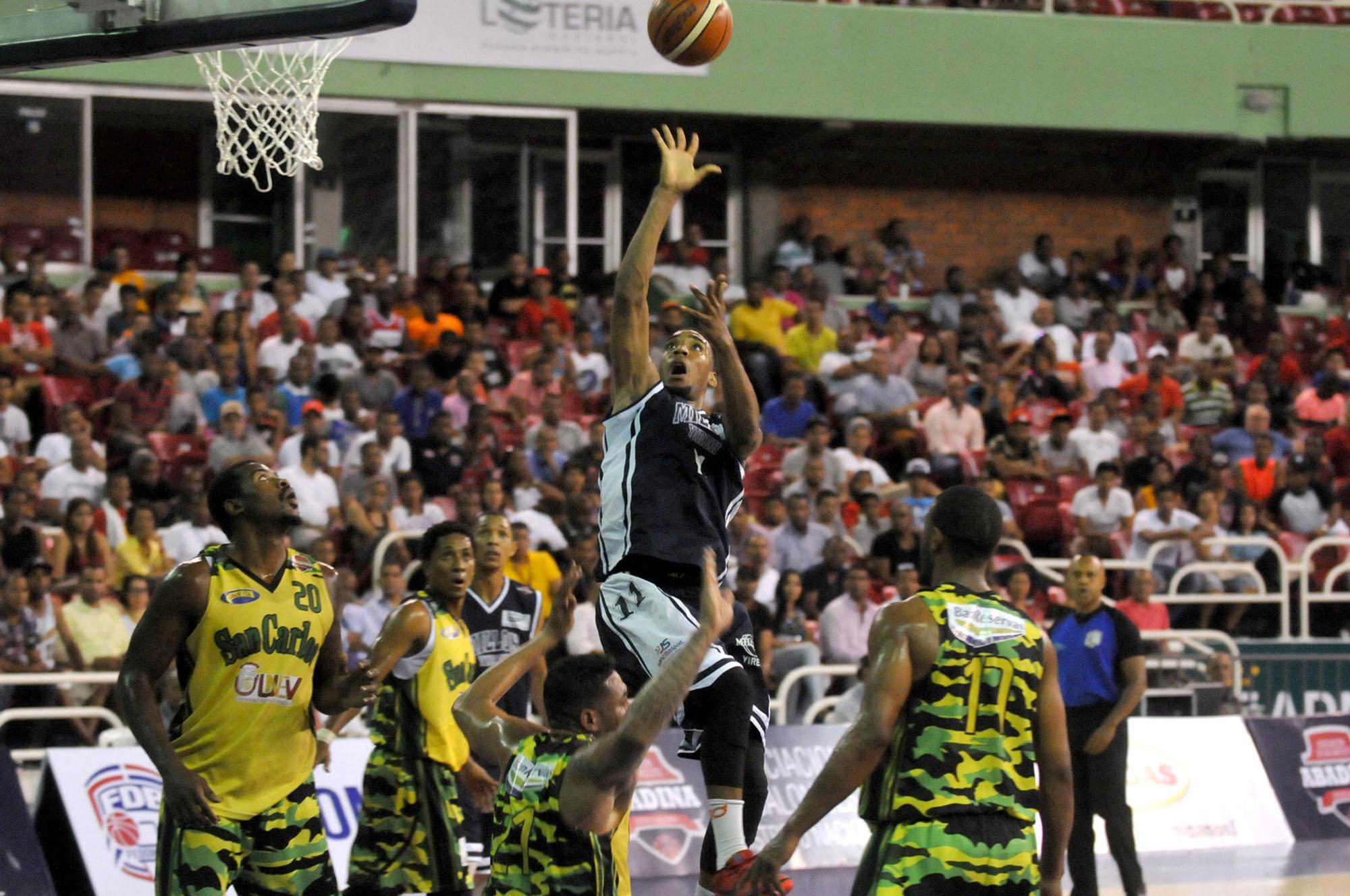 El baloncesto superior del Distrito regresa al Palacio de los Deportes