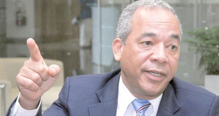 """Rubén Bichara advierte Abinader que se prepare """"para lo que viene"""""""
