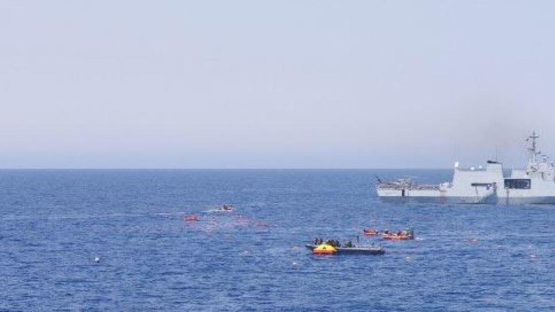 ITALIA: Naufraga un barco con casi 600 inmigrantes en el mar Mediterráneo
