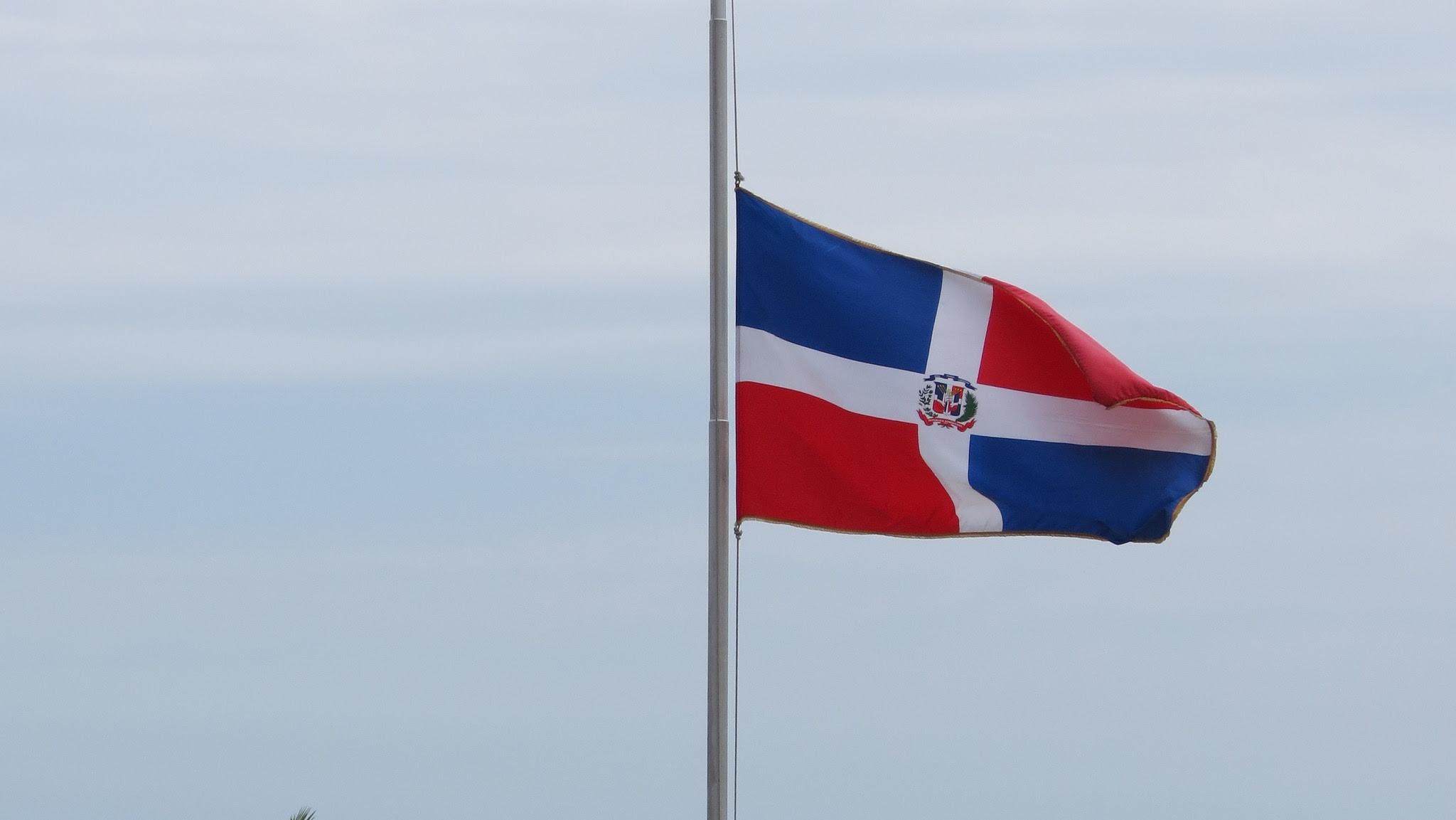 Apresan haitiano intentó robar Bandera Nacional parque Jimaní