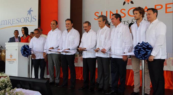 Medina encabeza inauguración de hotel Sunscape en Puerto Plata
