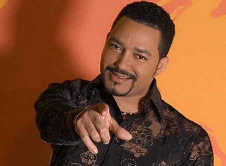 Frank Reyes se presentará en Surinam el 25 noviembre
