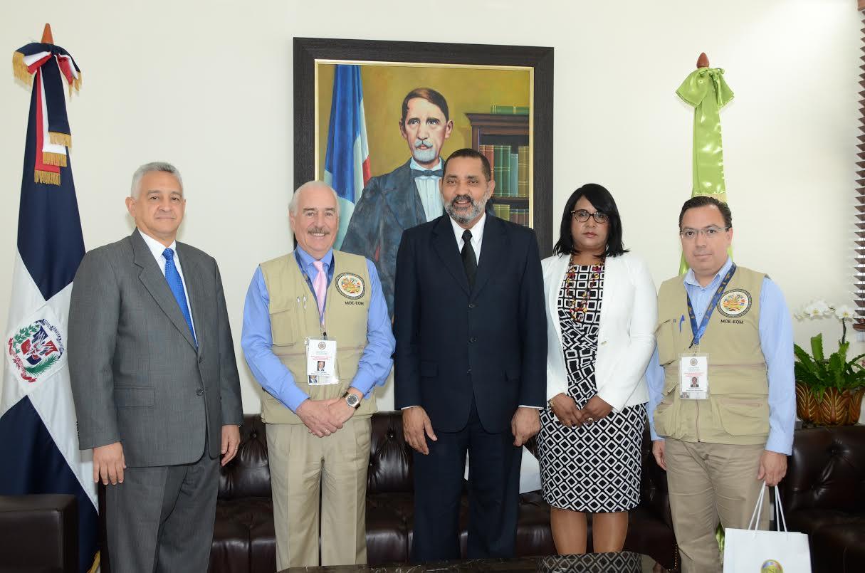 Observadores OEA no ven situaciones que puedan empañar proceso electoral
