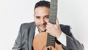Pavel Núñez en concierto para los enamorados