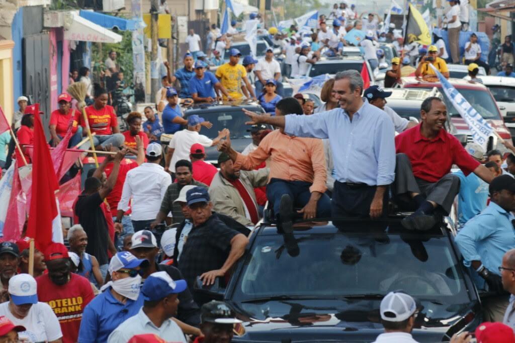 Abinader: Avanzamos hacia la victoria en ola de apoyo al cambio