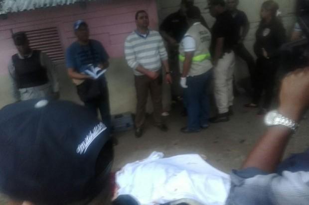 SANTIAGO:  Madre muere de infarto tras enterarse de asesinato hijo