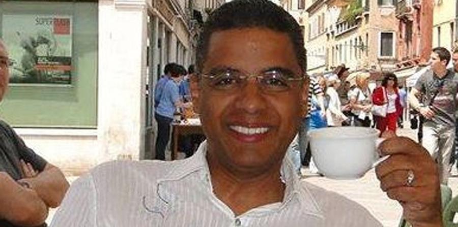 Puerto Rico: Hillary nombra dominicano como jefe de prensa