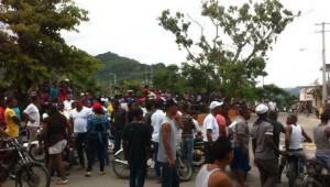 La protesta en Imbert, Puerto Plata.