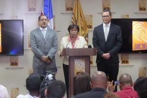 jueces de la JCE Rosario Graciano de los Santos, José Ángel Aquino y Eddy Olivares.