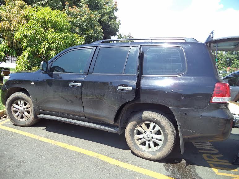 SFM: Atacan a tiros vehículo senador Amílcar Romero